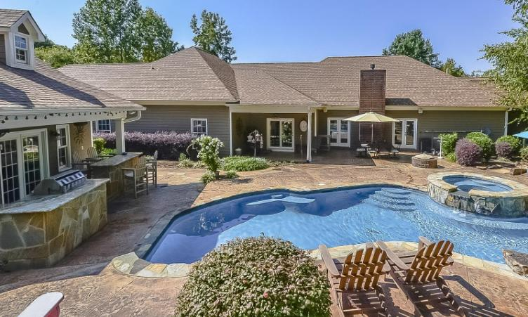 Mooresville luxury ranch home for sale near lake norman for Executive ranch homes